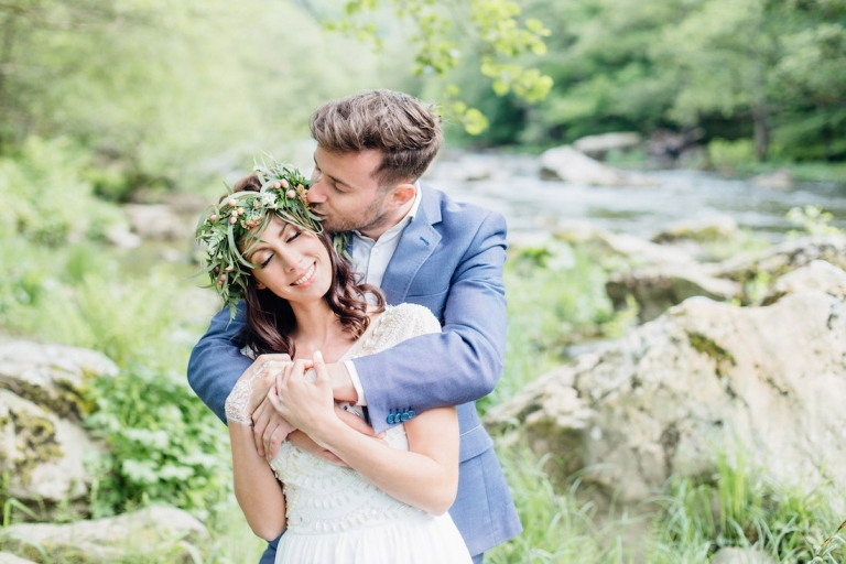 Styled shoot Riverside Romance Ardennes