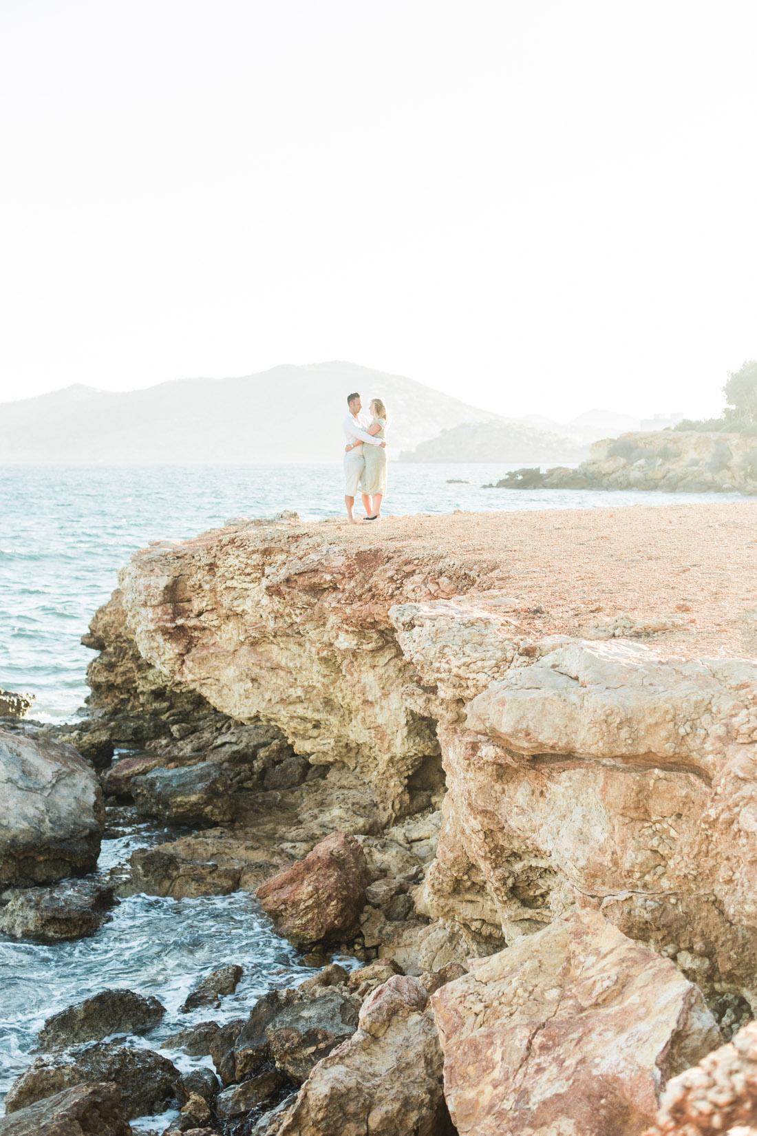 Maternity Pregnant Photoshoot shoot Fotoshoot Spain Ibiza fotograaf photographer zwangerschapsshoot strand rotsen Santa Eularia des Riu zonsondergang sunset Spanje Fine Art bruidsfotograaf Espanha fotografo Portugal algarve fotografia